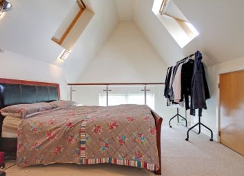 Thumbnail 3 bed duplex to rent in Shepperton Road, London