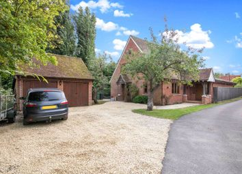 Summertown, East Hanney, Wantage OX12. 4 bed detached house