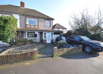 Thumbnail 3 bed property to rent in Suttons Lane, Hornchurch