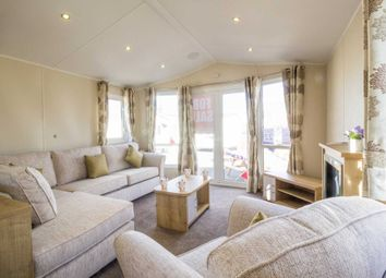 Thumbnail 3 bedroom mobile/park home for sale in Corton, Lowestoft, Suffolk