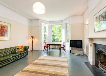Thumbnail 2 bed flat for sale in Arkwright Road, Hampstead