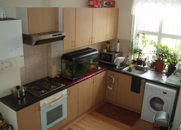 Thumbnail 2 bed flat to rent in Golders Green Road, Golders Green Road