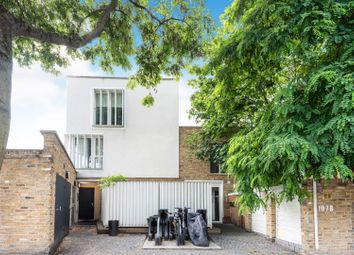 Thumbnail 3 bed flat for sale in 107B Culford Road, De Beauvoir