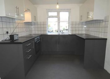 Thumbnail 3 bed property to rent in Siskin Close, Horsham
