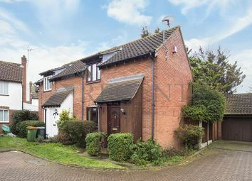 2 bed property for sale in St. Michaels Close, London E16