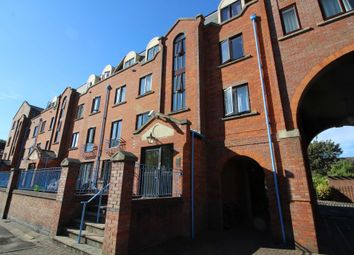 1 bed flat to rent in One Bedroom Apartment In Perfect Condition, Greys Court, Reading RG1