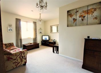 Thumbnail 1 bed flat to rent in 23 Heathfield Square, London