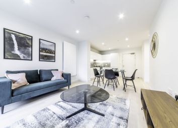 Thumbnail 1 bed flat to rent in John Cabot House, 4 Clipper Street, Royal Wharf, London