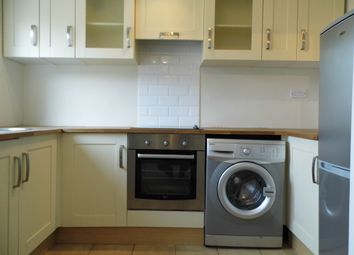 Thumbnail 1 bed flat to rent in Valleyside, Town Centre, Swindon, Wiltshire