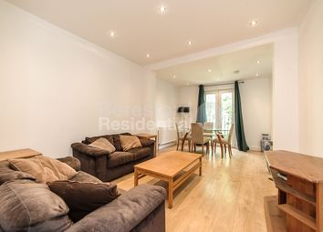 Thumbnail 3 bed flat to rent in Chisholm Road, Croydon