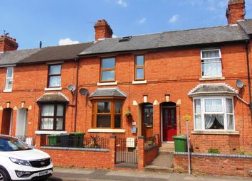 Thumbnail 3 bed terraced house to rent in Victoria Avenue, Evesham