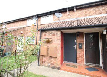 Thumbnail 2 bedroom maisonette for sale in Dacre Close, Greenford