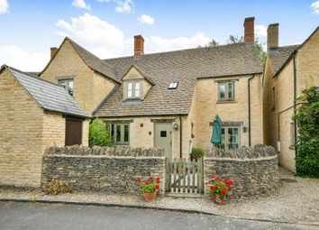 Thumbnail 3 bed cottage to rent in Grove Place, Fairford