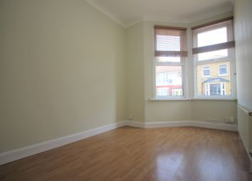 Thumbnail 1 bed flat to rent in Goldsmith Road, London