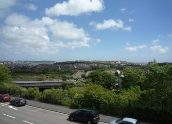 Thumbnail 3 bed flat to rent in Park Avenue, Barry, Vale Of Glamorgan