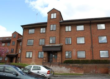 Thumbnail 2 bed flat to rent in Tippett Rise, Reading, Berkshire