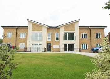 Thumbnail 2 bed flat for sale in Orchard Way, Shirley, Croydon