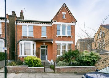 Thumbnail 3 bedroom flat to rent in Shardcroft Avenue, London