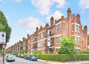 Thumbnail 3 bed flat to rent in Bishops Park Road, Fulham