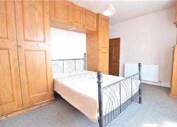 Thumbnail 1 bed maisonette to rent in Mays Lane, Barnet, Hertfordshire