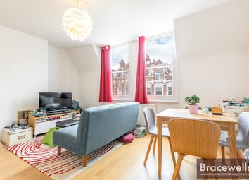 Thumbnail Flat to rent in Broadway Parade, Crouch End