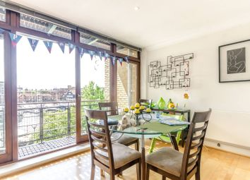 Thumbnail 2 bed flat to rent in Star Place, Wapping