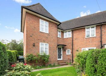 Thumbnail 2 bed cottage for sale in Hogarth Hill, Hampstead Garden Suburb