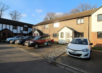Thumbnail 2 bed maisonette for sale in Kings Chase, East Molesey