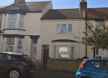 Thumbnail Room to rent in College Avenue, Gillingham