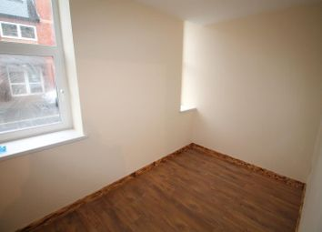 Thumbnail 3 bedroom flat to rent in Broadway, Roath, Cardiff