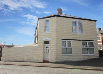Thumbnail 2 bedroom flat to rent in Newburn Road, Newburn, Newcastle Upon Tyne