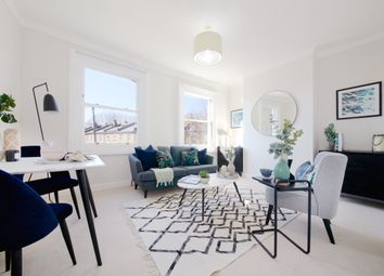 Thumbnail 1 bed flat for sale in Lungard Road, Peckham