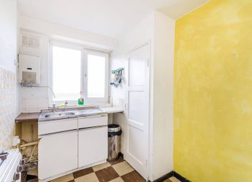 Thumbnail 2 bedroom maisonette for sale in Canterbury Road, Kilburn