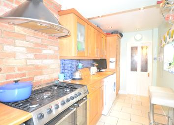 Thumbnail 2 bed property to rent in Grand Drive, London