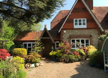 Cleves Lane Cottages, Upton Grey, Basingstoke, Hampshire RG25. 3 bed semi-detached house