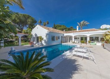 Thumbnail 5 bed villa for sale in Spain, Málaga, Estepona, El Paraiso