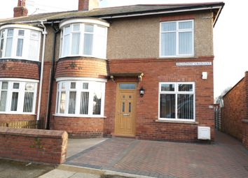 Thumbnail 2 bedroom flat to rent in Broadway Crescent, Blyth