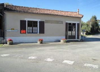 Thumbnail Pub/bar for sale in Beaulieu-Sur-Sonnette, Charente, France