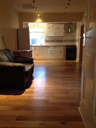 Thumbnail 2 bed flat to rent in Wellington Road South, Hounslow