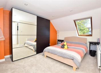 2 bed maisonette for sale in Brewer Street, Maidstone, Kent ME14