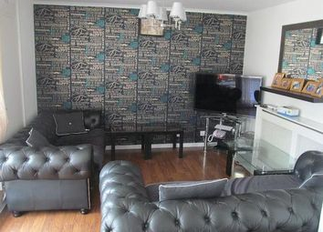 Thumbnail 4 bed maisonette to rent in Westferry, London
