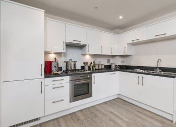 Thumbnail 2 bedroom flat for sale in Imperial Way, Reading