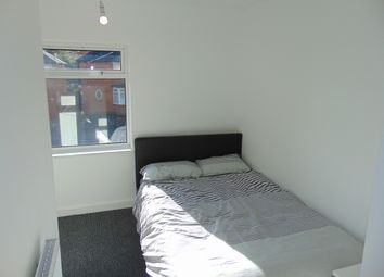 Thumbnail Studio to rent in Tinkers Farm Road, Northfield, Birmingham