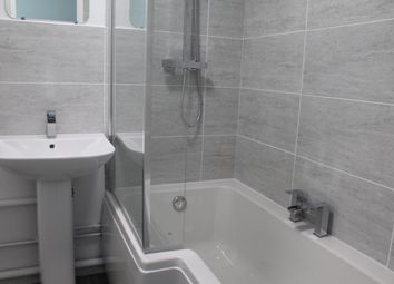 2 bed flat to rent in Postmill Close, Ipswich IP4