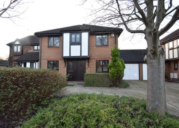 Thumbnail 4 bed detached house to rent in Longchamps Close, Horley