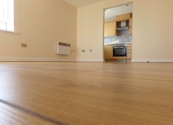 Thumbnail Flat to rent in Hainault Street, Ilford