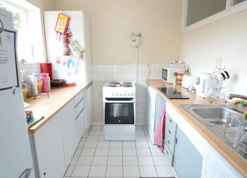 Thumbnail Studio to rent in Avalon Close, Enfield
