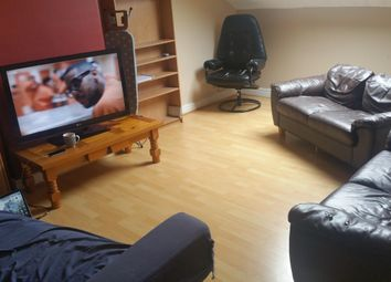 Thumbnail 3 bed flat to rent in Kelso Road, Leeds
