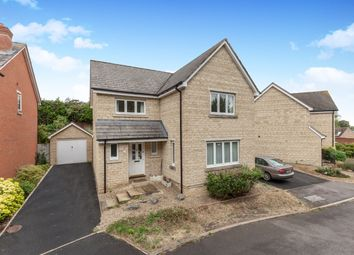 Thumbnail 4 bed property to rent in Walnut Close, Witney
