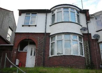 Thumbnail Room to rent in Farley Hill, Luton, Bedfordshire